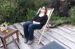 Mama auf der Terrasse